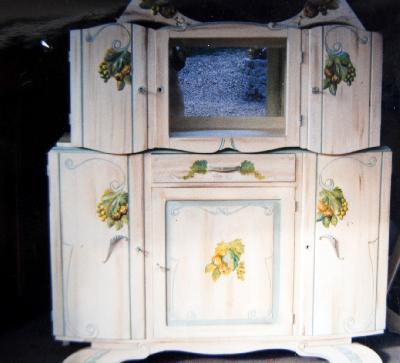 Relooking meubles artisan d art meuble peint cr ation d 39 entreprise en relooking meubles - Meuble des annees 30 ...